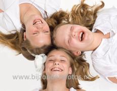 drie-vrolijke-meiden-2